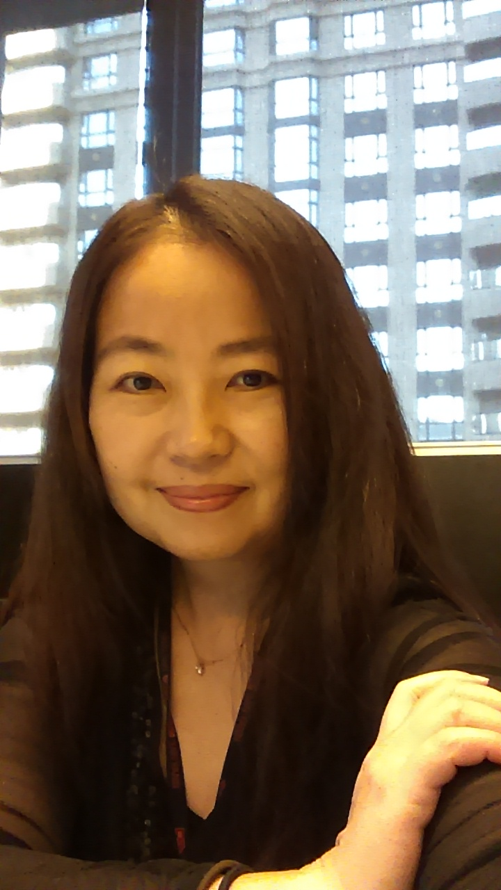 Teaching English and Living in Taiwan,  Patient with accurate mendarin pronunciation. Excellent English ability.  Used to studied MBA in New york for 3 years image