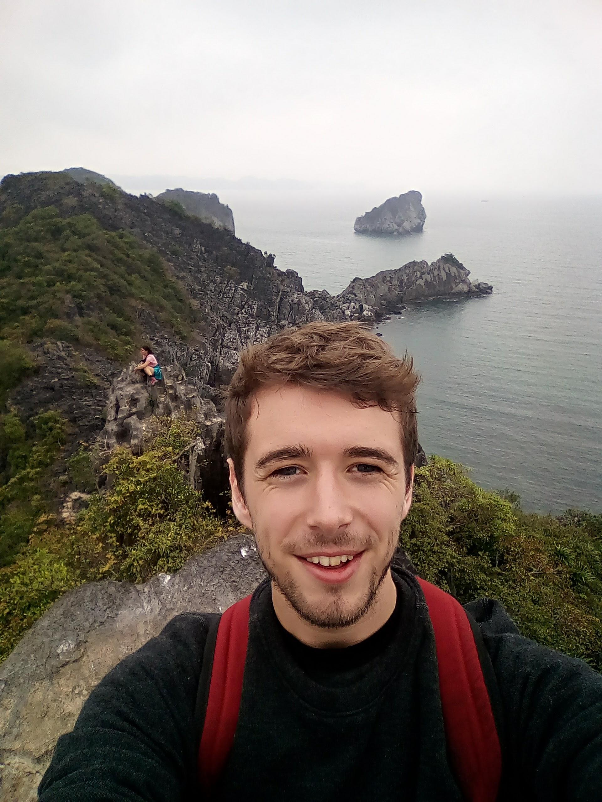 Teaching English and Living in Taiwan, Irish Model/Actor with intermediate Mandarin image