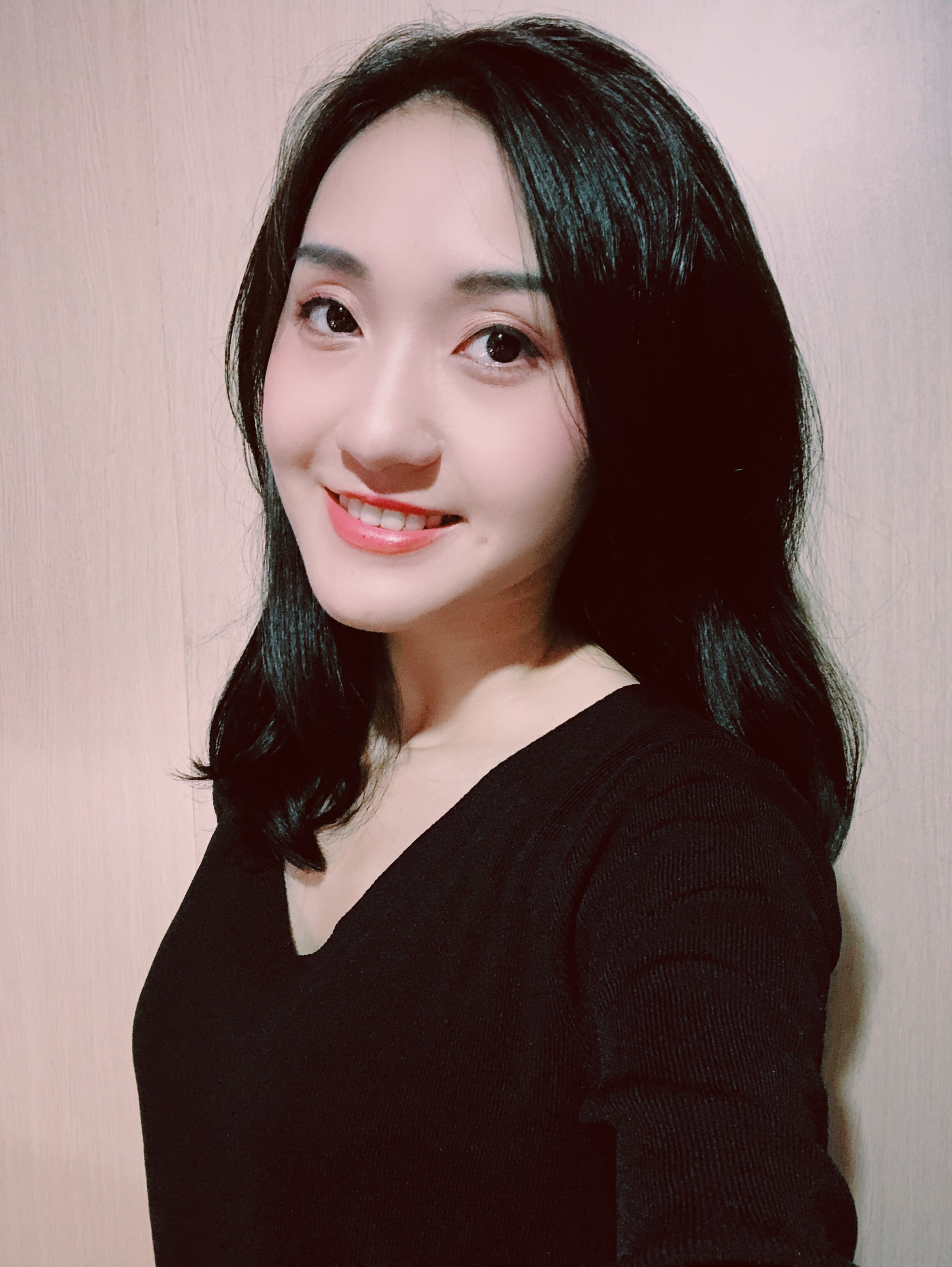 Teaching English and Living in Taiwan, Mandarin tutor  image