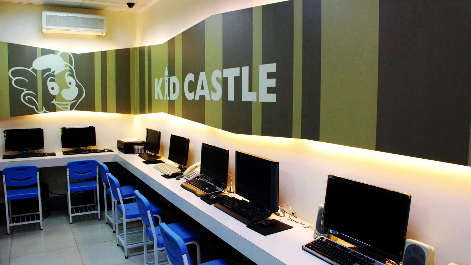 Teaching English and Living in Taiwan Jobs Available 教學工作, Kid Castl Neili Branch AFTERNOONS & EVENINGS! Perfect Working Environment: Friendly, Supportive and Helpful Colleagues!!  image