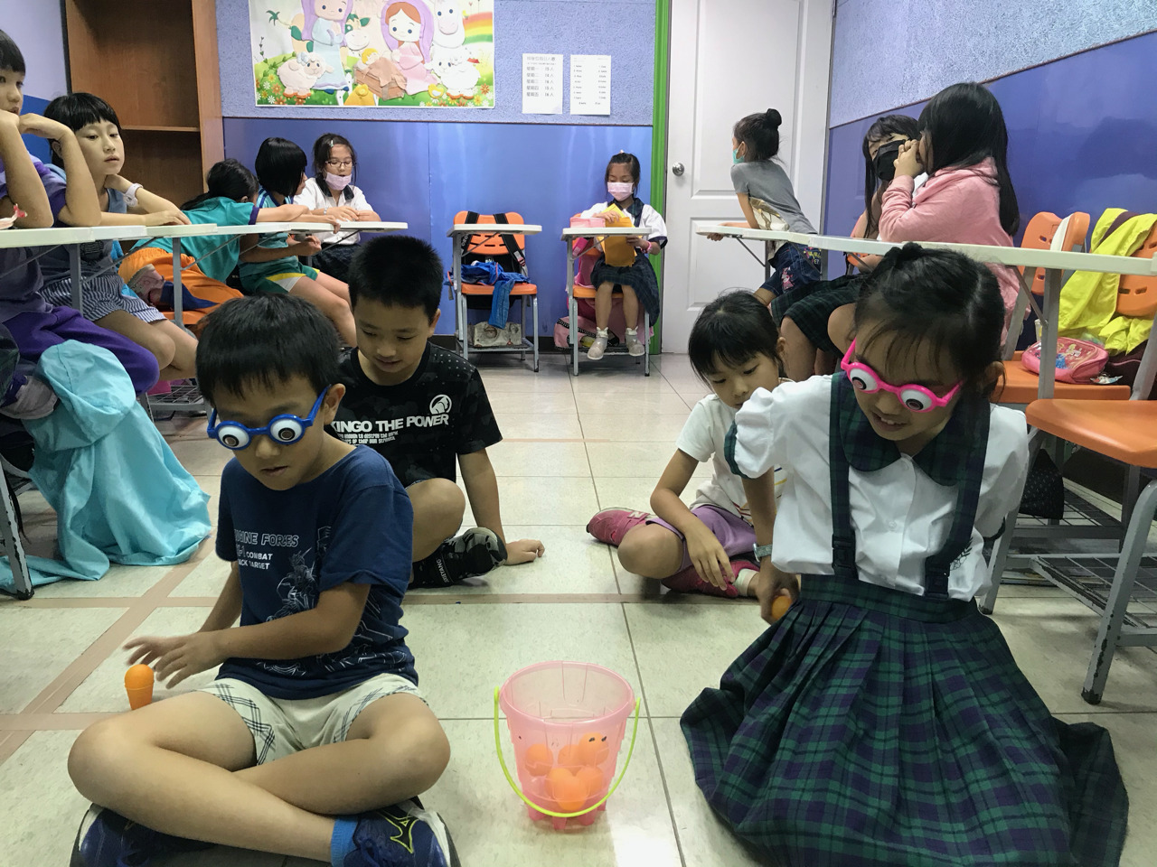 Teaching English and Living in Taiwan Jobs Available 教學工作, Emmanuel English Learning Center Island Lifestyle with decent pay (When not uder Covid restrictions) for Excellent Teacher image