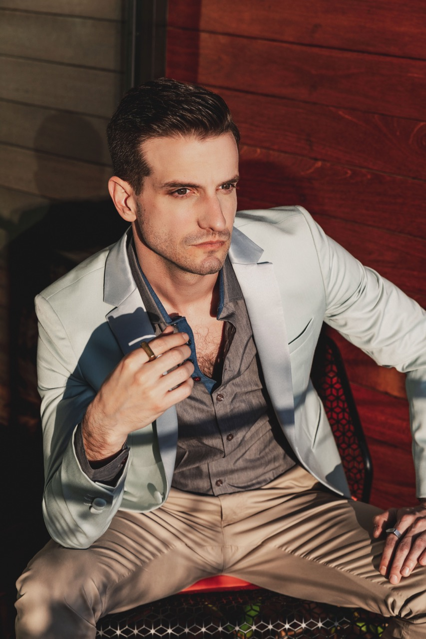 Teaching English and Living in Taiwan, Male Model looking for work image