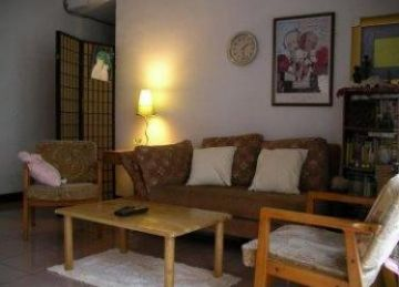 Teaching English and Living in Taiwan Apartments to Share, Nice room for female only, MRT 5min walk image