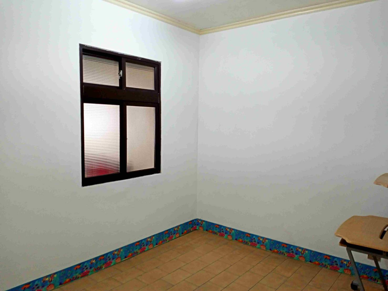 Teaching English and Living in Taiwan Houses for One Family, nice apt looking for a family or available for sharing image