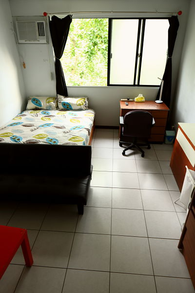Teaching English and Living in Taiwan Apartments to Share, big bedroom, big windows, natural light, clean&quiet, near NTNU-ShiDa night market, Available now  image