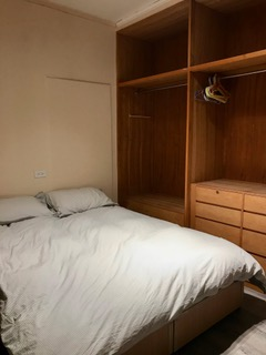 Teaching English and Living in Taiwan Apartments to Share, Cozy double bed room near Chiang Kai-Shek