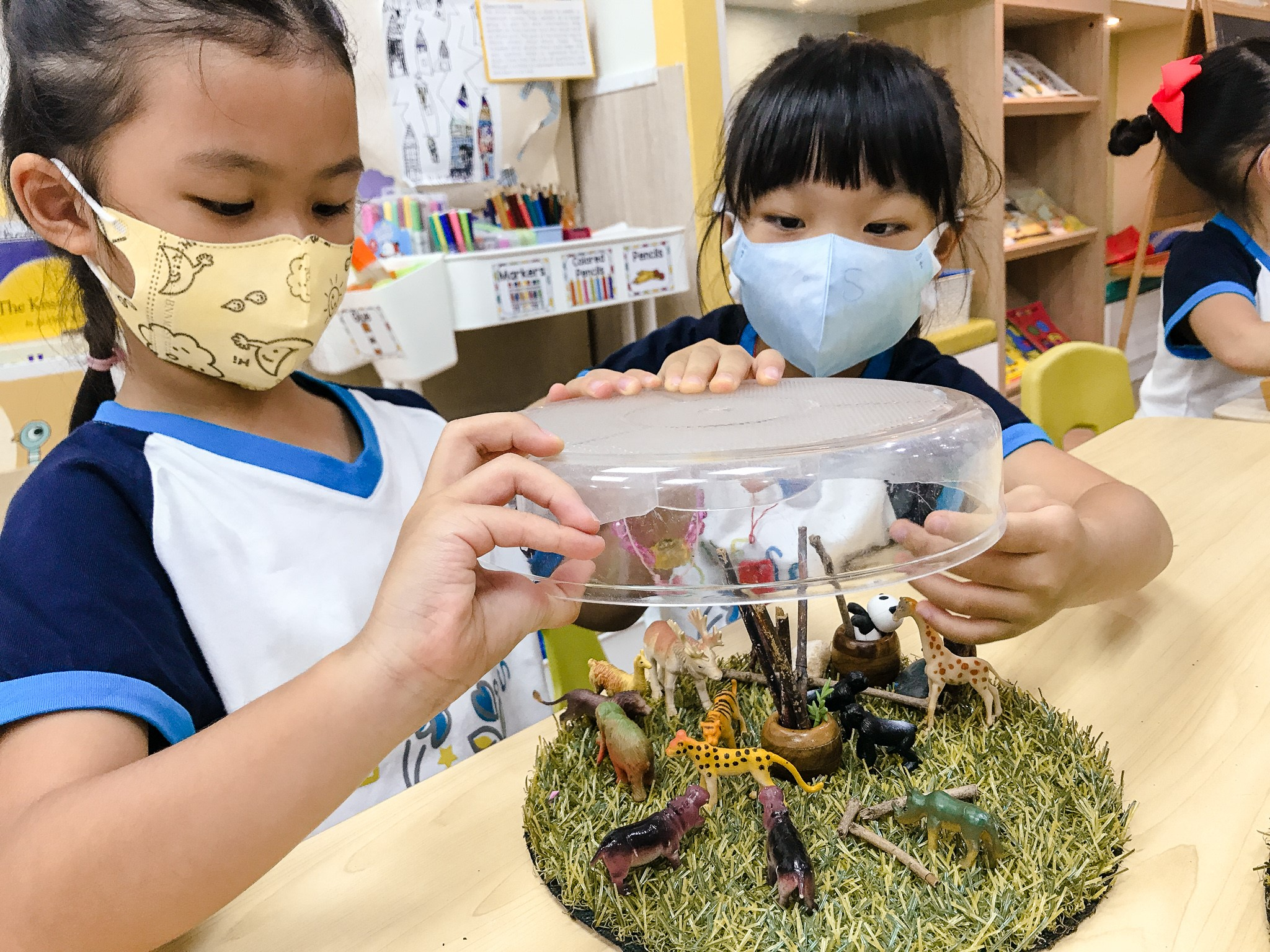 Teaching English and Living in Taiwan Jobs Available 教學工作,  Reggio-inspired early childhood program seeking full-time ECE teacher to join us! (NT$75,000 salary) image