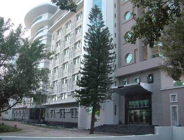 Teaching English and Living in Taiwan University Credit and Degrees, Embody Virtues in Mind image